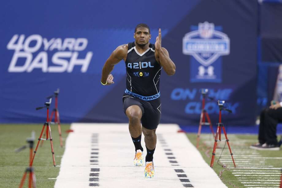 Former Missouri defensive lineman Michael Sam runs the 40-yard dash. Photo: Joe Robbins, Getty Images