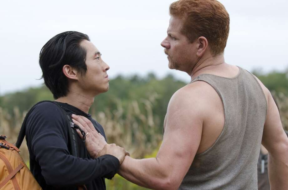 Glenn (Steven Yeun) and Abraham (Michael Cudlitz) - The Walking Dead _ Season 4, Episode 11 - Photo Credit: Gene Page/AMC