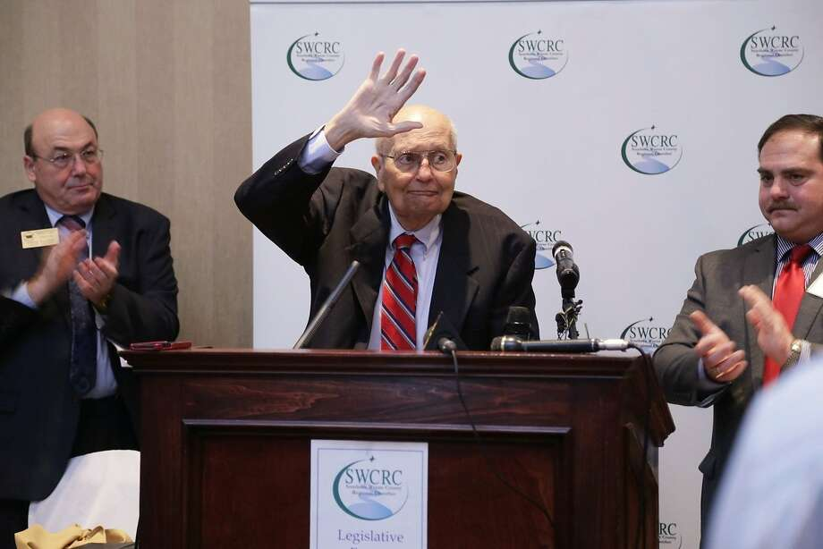 Rep. John Dingell, D-Mich., waves to the crowd at the Southern Wayne County Regional Chamber meeting. Photo: Ryan Garza, McClatchy-Tribune News Service