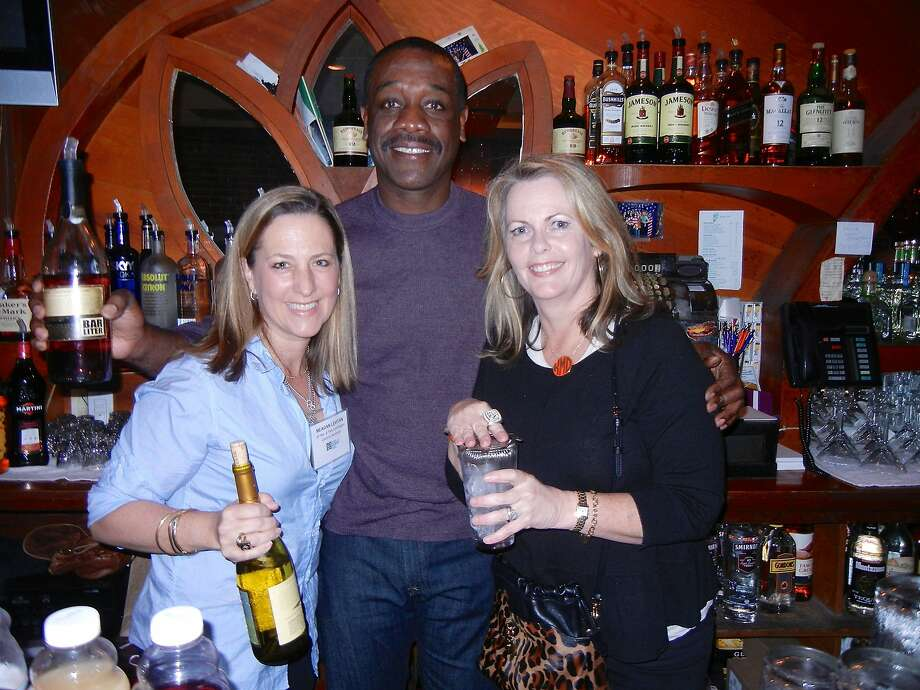 Meagan Levitan (left), Rich Murray and Kathleen Dowling-McDonough at Harrington's Bar & Grill. Photo: Catherine Bigelow, Special To The Chronicle