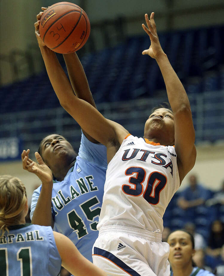"Tesha Smith, a former Wagner standout, is averaging 13.1 ppg and 8.1 rpg in her last seven games. ""I'm never scared,"" Smith said. Photo: Tom Reel / San Antonio Express-News"