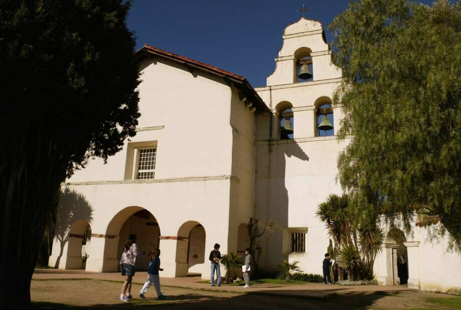 The MissionsStops at Missions like San Juan Bautista, pictured here, will take you right back to fourth-grade California history lessons. Photo: Paul Chinn, The Chronicle