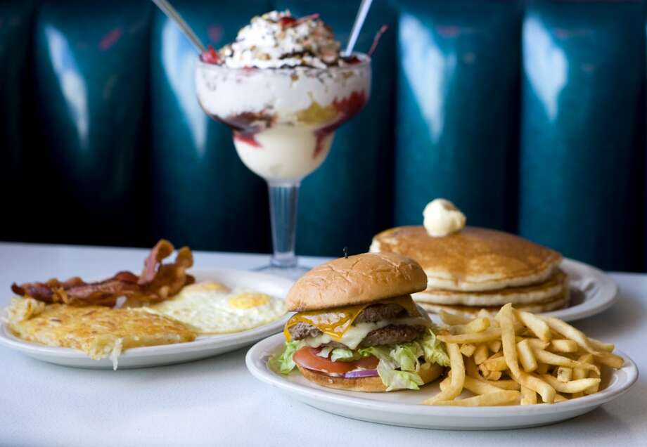 Breakfast and burgers were the specialty of 59 Diner. Photo: Brett Coomer, Houston Chronicle
