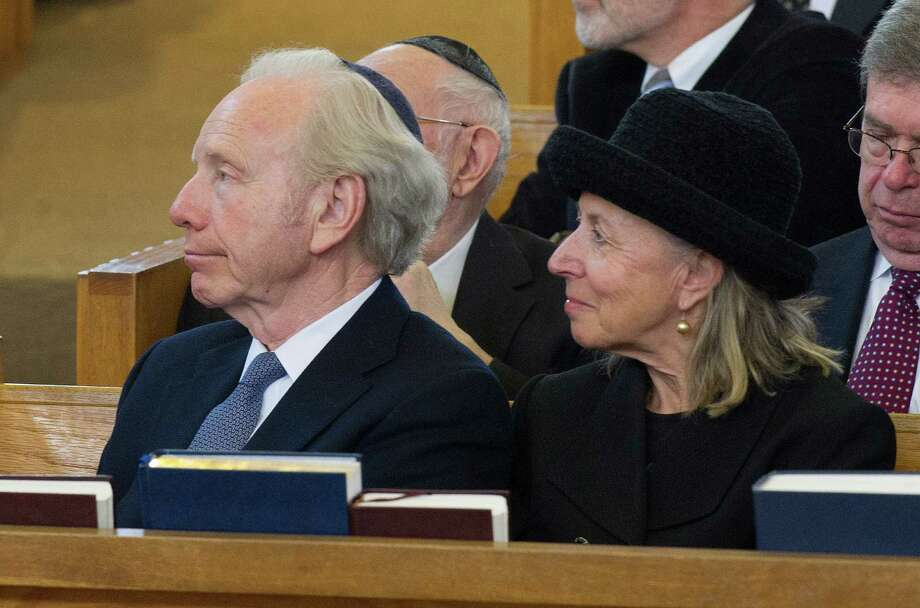 Joseph Lieberman attends the funeral for Rabbi Joseph Ehrenkrantz at Agudath Shalom on Tuesday, February 25, 2014. Photo: Lindsay Perry / Stamford Advocate