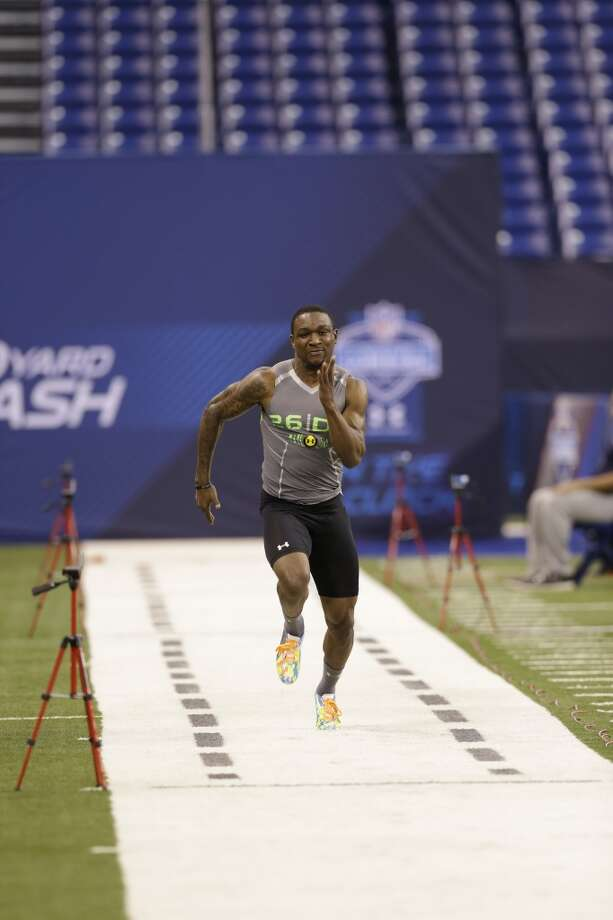 Baylor defensive back Demetri Goodson runs the 40-yard dash. Photo: Nam Y. Huh, Associated Press