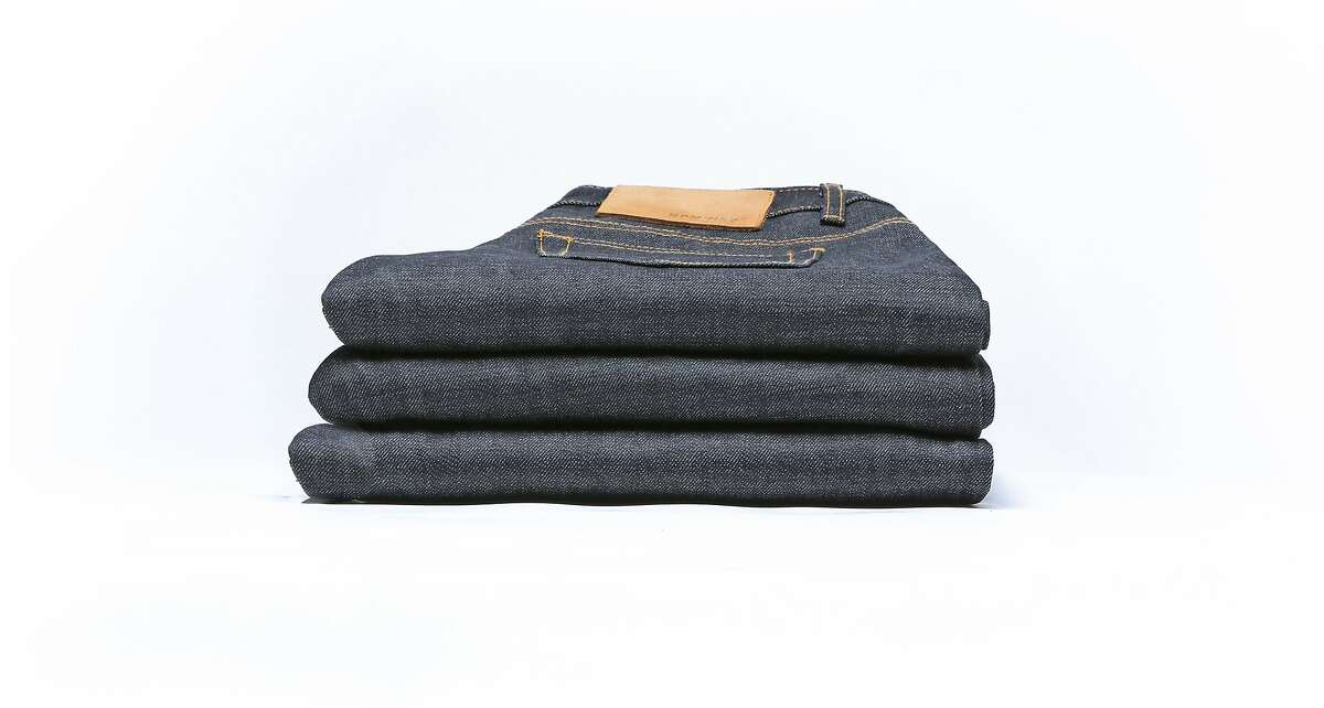 RPMWEST, a premium selvedge denim company, lets customers try on three pairs of jeans at home and keep only the one they like best.