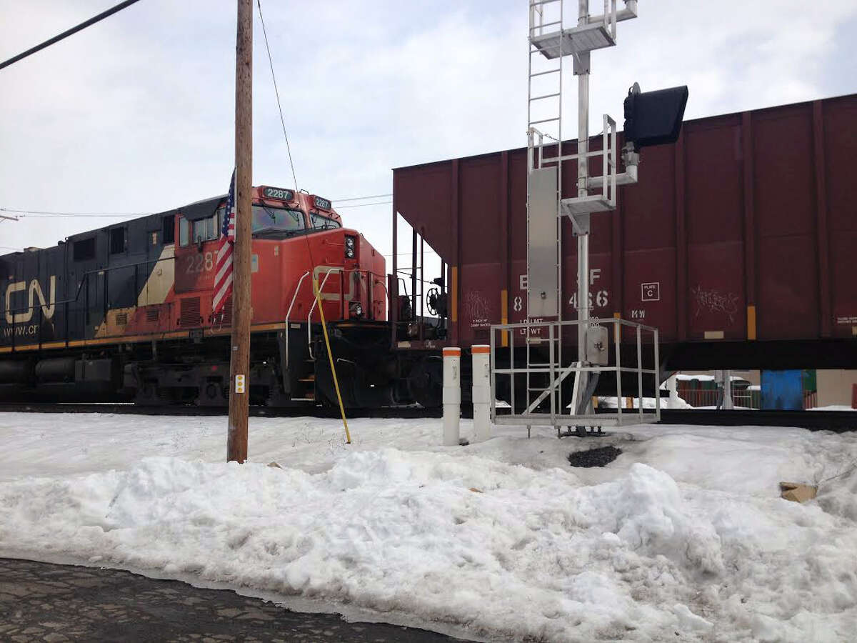 A train derailed in Ulster, N.Y., Tuesday, Feb. 25, 2014. There were no injuries. (AP Photo/The Daily Freeman, Diane Pineiro) ORG XMIT: NYKIN101