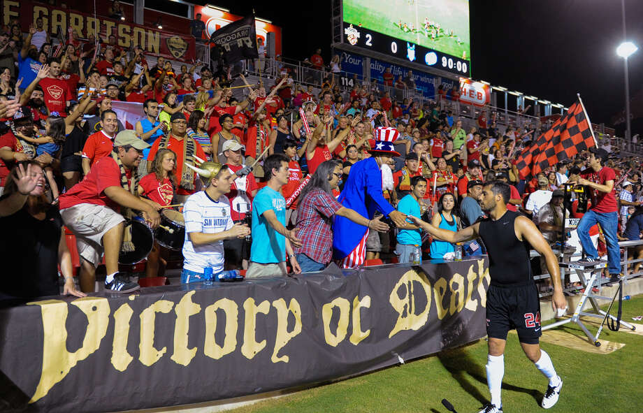 "The Scorpions say that a ""good crowd"" for Saturday night's exhibition against FC Dallas will be noticed by MLS ""powers-that-be."" Photo: Robin Jerstad / For The Express-News / San Antonio Express-News"