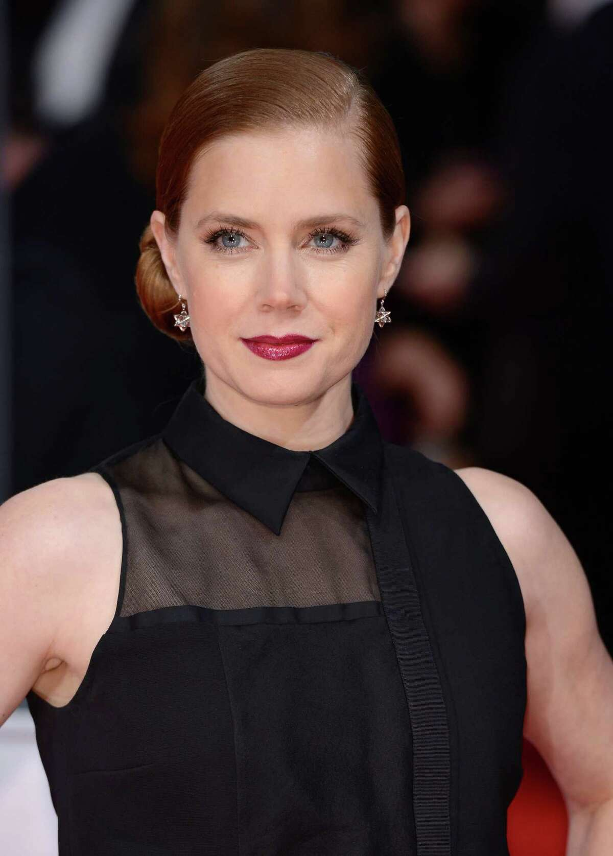 Amy Adams celebrates her 40th birthday on Aug. 20. Yes, 40. We're betting her cutesy persona, as best embraced in 2009's 'Julie & Julia', in addition to her skin that seems to defy gravity sealed her fate as a forever-young actress.Keep clicking to see what other stars embody youth, no matter how old they get.