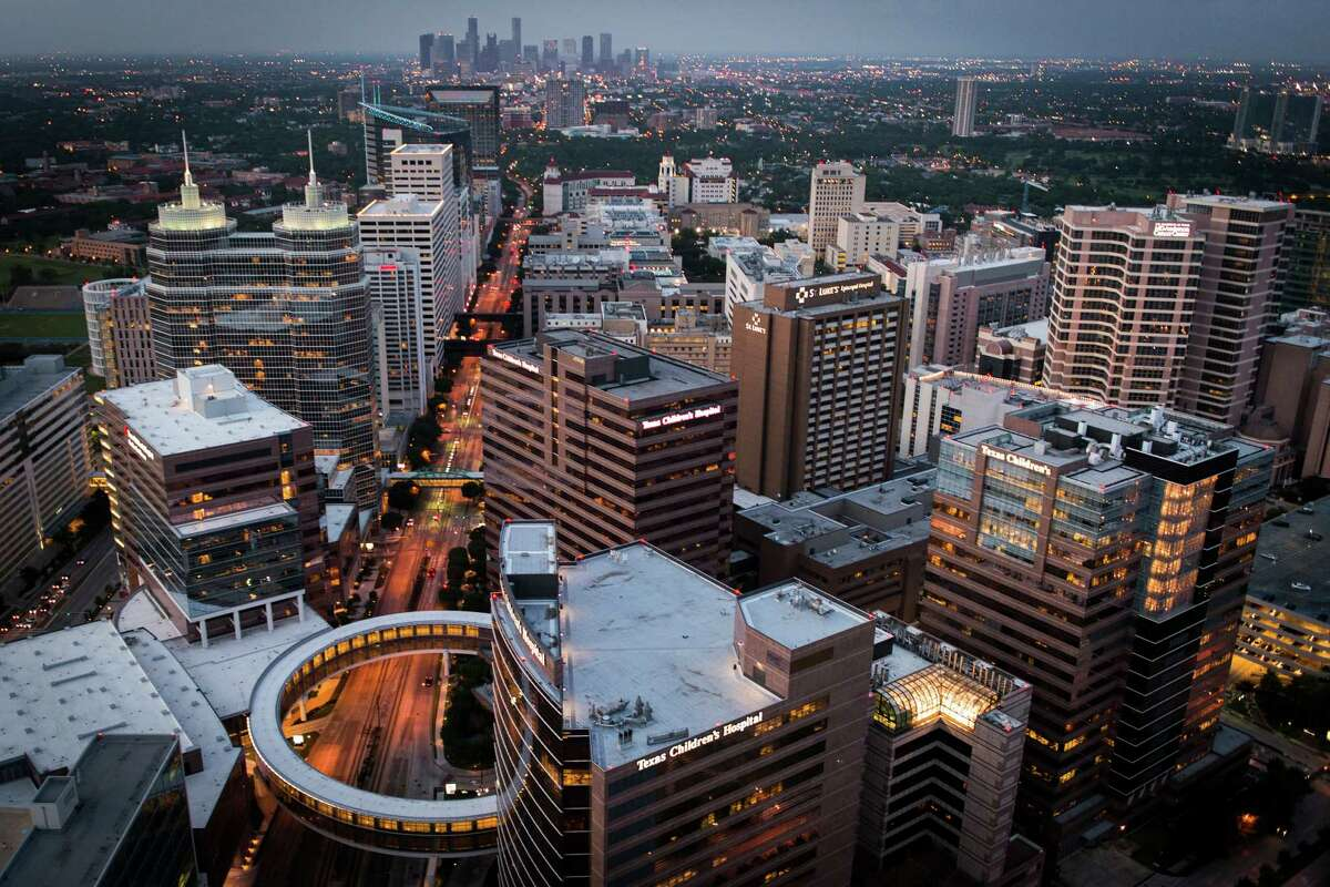 The Texas Medical Center with Texas Children's Hospital is in the foreground. ( Smiley N. Pool / Houston Chronicle )
