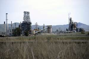 The Tesoro Golden Eagle Refinery outside Martinez, where two workers were burned with sulfuric acid on Feb. 12. Photo: Michael Short/Special to The Chronicle.