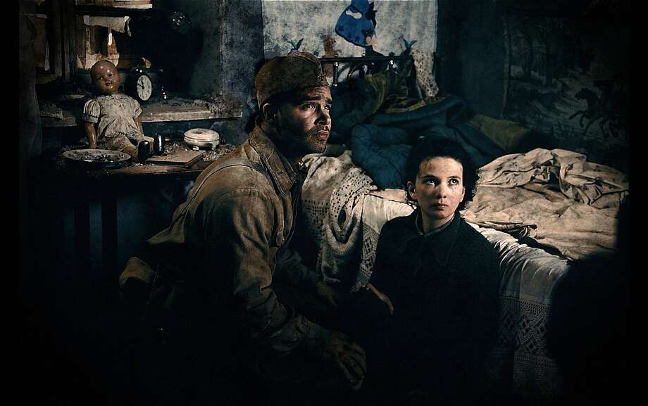 "Philippe Reinhardt is among the soldiers facing war's brutality in ""Stalingrad."" Photo: ©non-stop Production, Columbia Pictures"