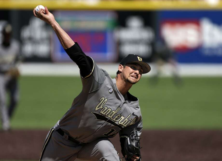 Tyler Beede Pitcher Vanderbilt Photo: Mark Humphrey, Associated Press