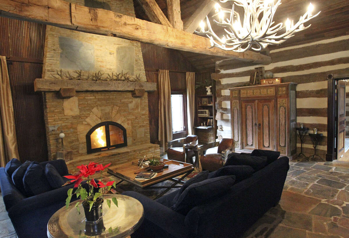 """A silver-toned antler chandelier offers a touch of """"the Wild West, but with my own twist,"""" said designer Bex Hale, who did a stint on an HGTV """"Design Star."""""""