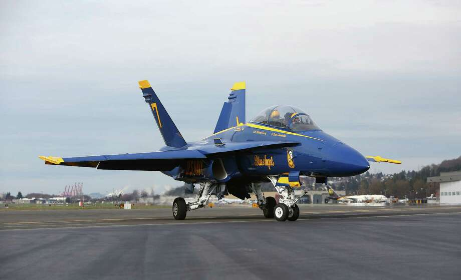 Blue Angels airplane number seven makes a stop in Seattle. Photo: JOSHUA TRUJILLO, SEATTLEPI.COM / SEATTLEPI.COM