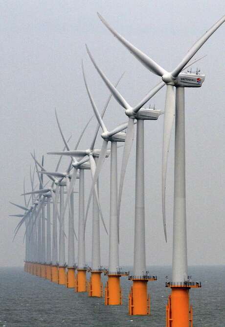 The study says turbines wouldn't be destroyed in a hurricane. Photo: Gareth Fuller, SUB / PA