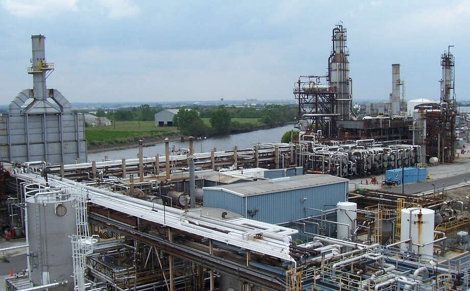 Axeon Specialty Products LLC owns this asphalt refinery in Paulsboro, N.J. The company's products are used in construction and resurfacing of roadways, in commercial and private development, and in the roofing industry and for feedstocks. Photo: Courtesy Photo