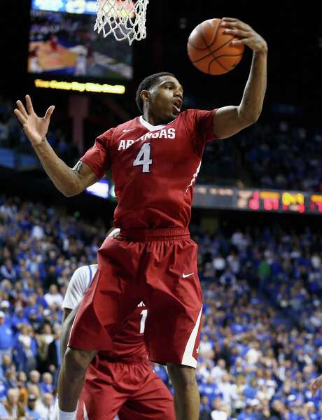 Coty Clarke was the star of overtime in helping Arkansas to its second win over Kentucky this season. Photo: Andy Lyons, Staff / 2014 Getty Images