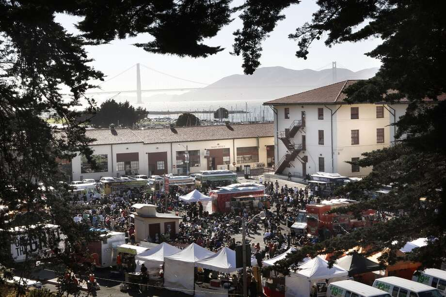 Off the Grid Fort Mason Photo: Liz Hafalia, The Chronicle