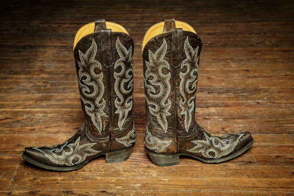 You went to the rodeo once and then wore your boots everywhere for the next three weeks.