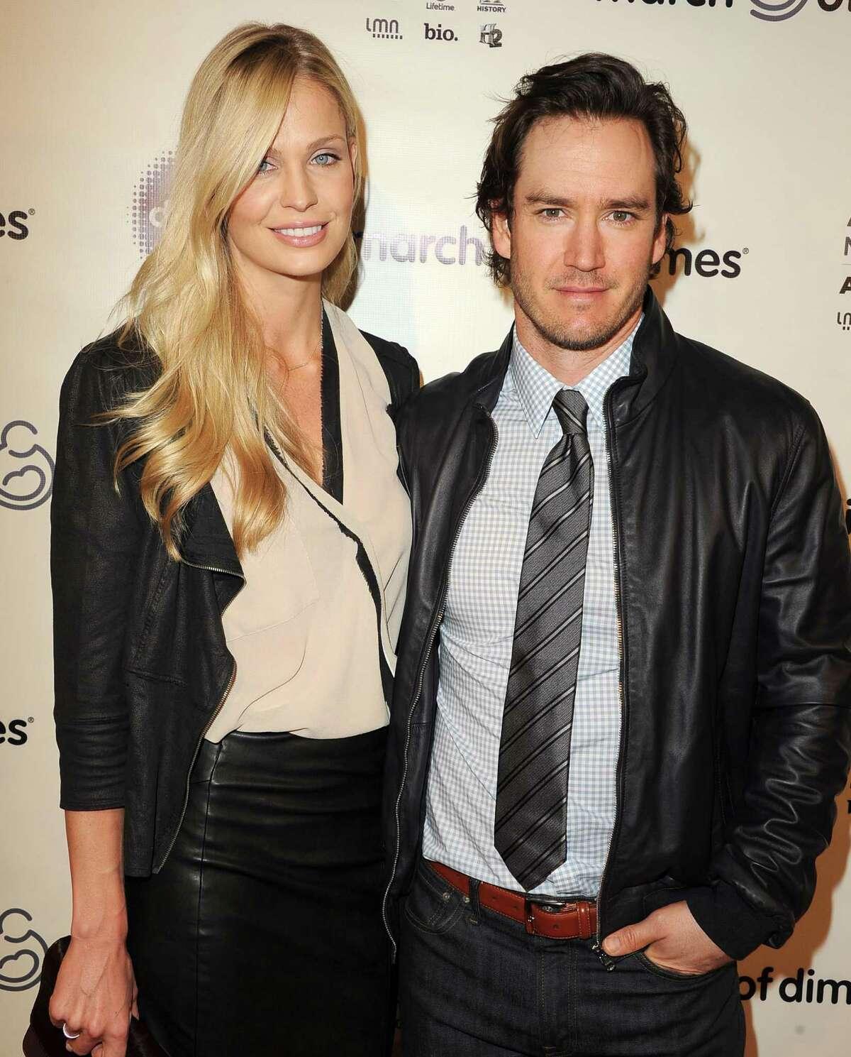 2013: Mark-Paul Gosselaar with his second wife, Catriona McGinn. Gossleaar was married to