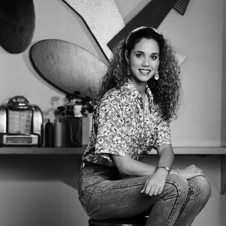 1989: Elizabeth Berkley as Jessie Spano. Photo: NBC, Getty Images / © NBC Universal, Inc.