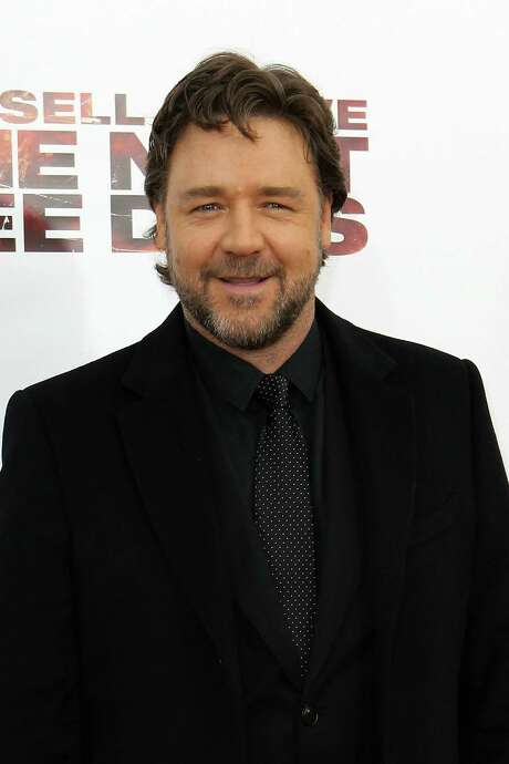 Russell Crowe starred in which back-to-back Oscar-winning films? Photo: Dario Cantatore, Stringer / Getty Images North America