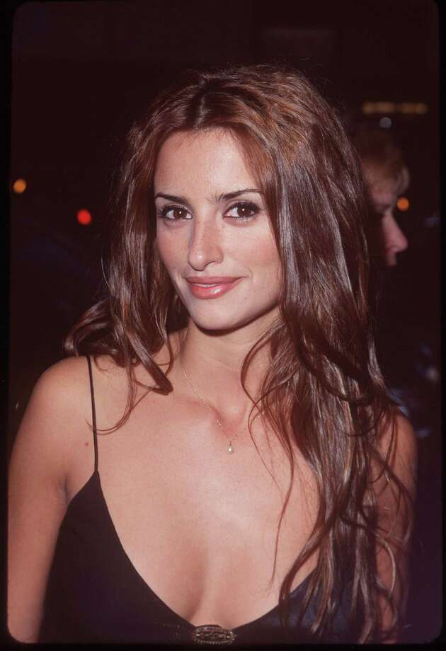 "Penelope Cruz. Birthday: April 28, 1974. Photo:  ""The Muse"" premiere, 1999.  Photo: SGranitz, Getty Images / WireImage"