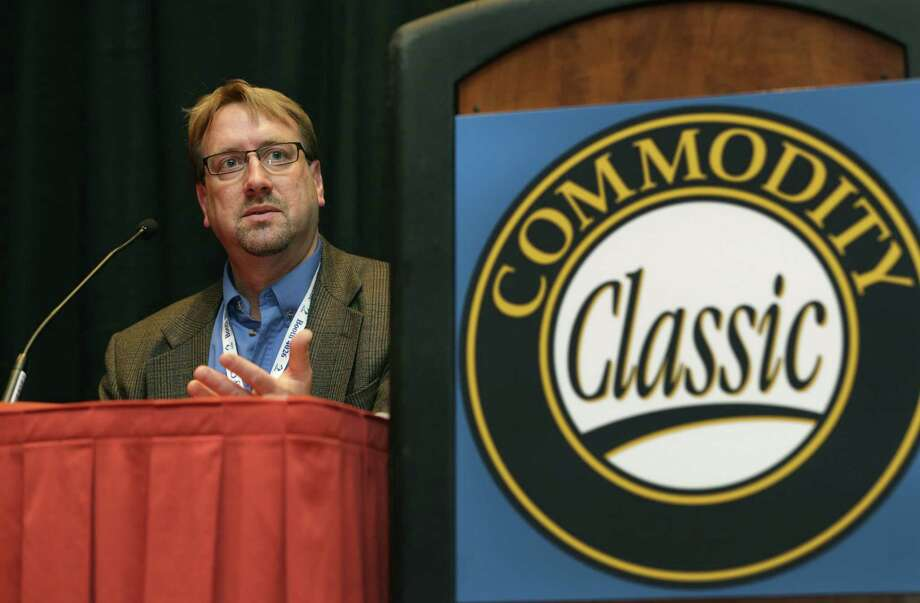 Terry Schiltz, owner and president of AgSense, a Cloud-based irrigation hardware and software solution provider, speaks on modern farming at the Commodity Classic and Trade Show at the Henry B. Gonzales Convention Center. Photo: Bob Owen / San Antonio Express-News / © 2012 San Antonio Express-News
