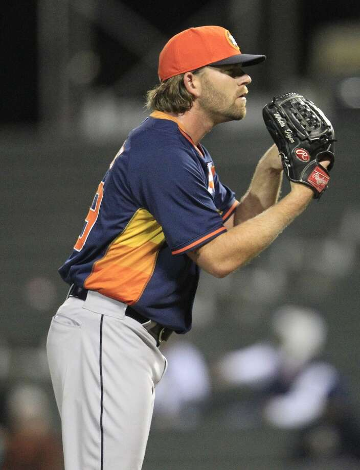 Astros LHP Rudy Owens pitches in the eighth inning. Photo: Karen Warren, Houston Chronicle