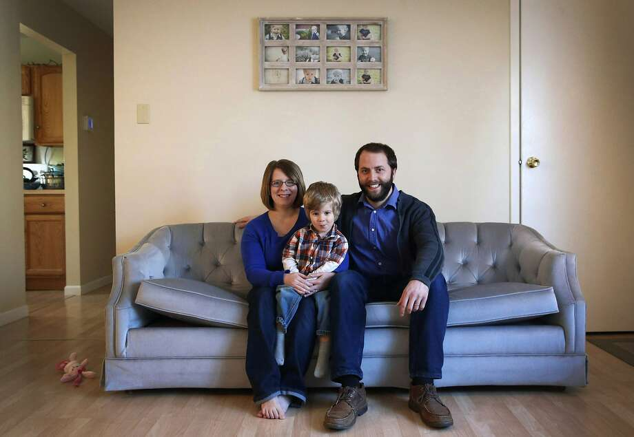 Jacki and David Manley with their son Tyndale live in Keedysville, Md. Jacki Manley has been trying since mid-December to enroll in a health plan through Maryland's health exchange. Photo: Patrick Semansky, Associated Press