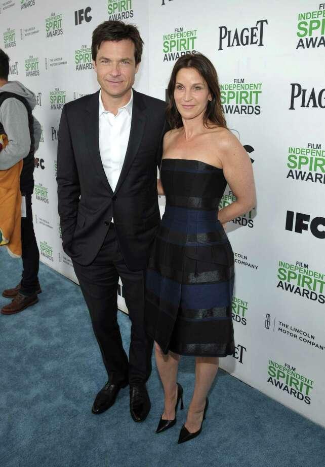 Jason Bateman, left, and Amanda Anka arrive. Photo: John Shearer, John Shearer/Invision/AP / Invision