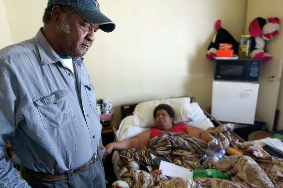 Hampton Lee Joyce's neighbor, Ineta Rogers, is paralyzed from the waist down and said she doesn't know where she will move. Photo: Johnny Hanson, Staff / © 2014  Houston Chronicle
