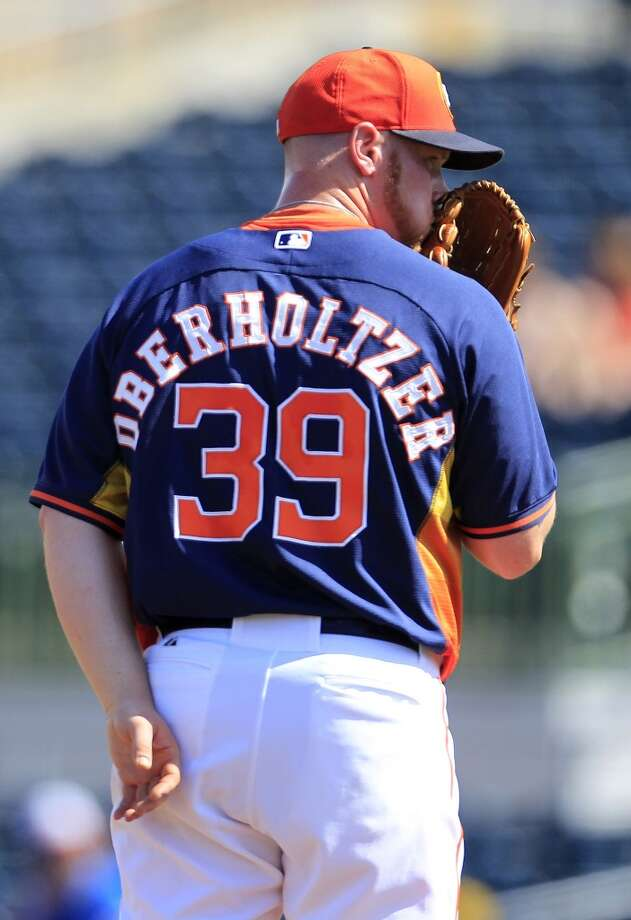 Brett Oberholtzer on the mound in the third inning. Photo: Karen Warren, Houston Chronicle
