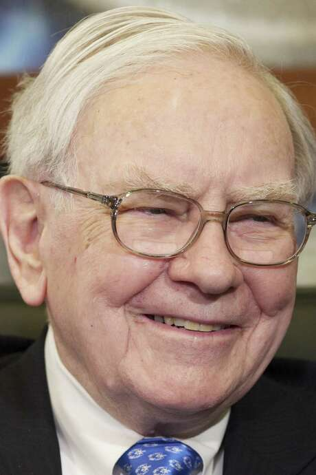 Warren Buffett says that for the nonprofessional investor, there's no need to be picking stock market winners. / AP