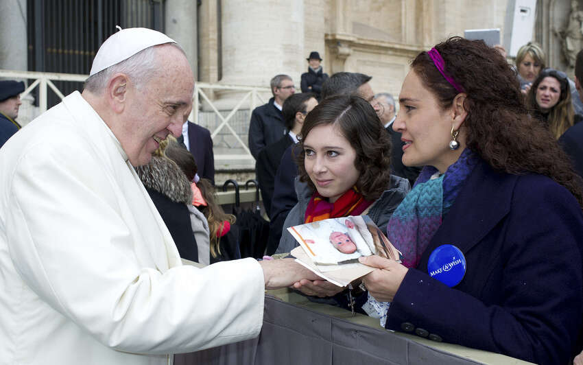 He met with Susana De La Cruz, an 18-year-old girl from Boerne, in February thanks to Make-A-Wish.