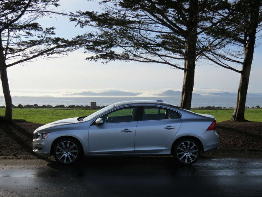 The newest iteration of the S60 gives us a classic wedge-shaped four-door with the typical S-class crisp styling. It will carry you comfortably across town or across the country.