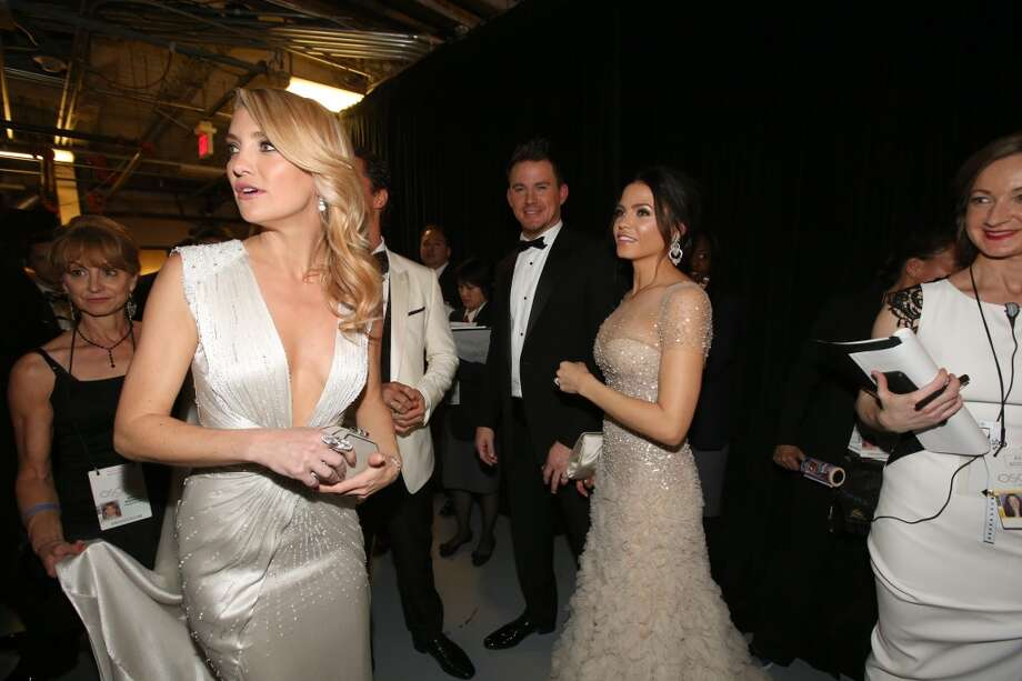 (L-R) Actors Kate Hudson, Channing Tatum and Jenna Dewan-Tatum backstage during the Oscars held at Dolby Theatre on March 2, 2014 in Hollywood, California. Photo: Christopher Polk, Getty Images