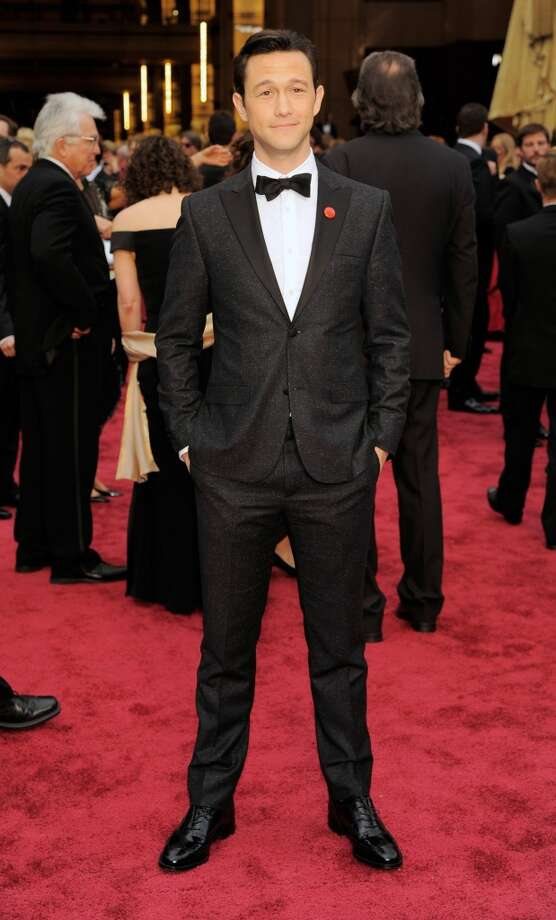 Joseph Gordon-Levitt wins for Best Fit in Calvin Klein. Photo: Chris Pizzello, Associated Press