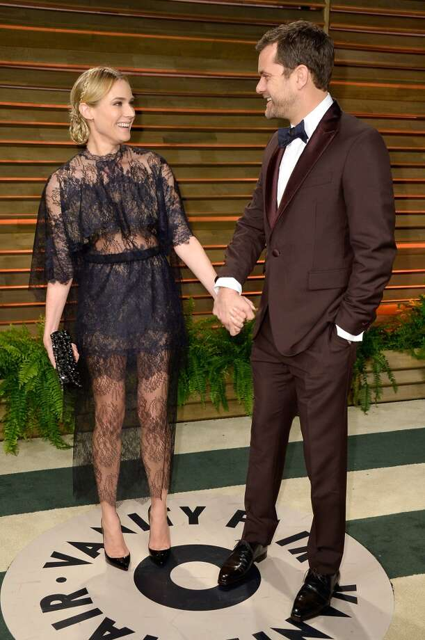 Normally we think Diane Kruger can do no wrong. But wrong she did here. Actors Diane Kruger (L) and Joshua Jackson attends the 2014 Vanity Fair Oscar Party hosted by Graydon Carter on March 2, 2014 in West Hollywood, California. Photo: Pascal Le Segretain, Getty Images