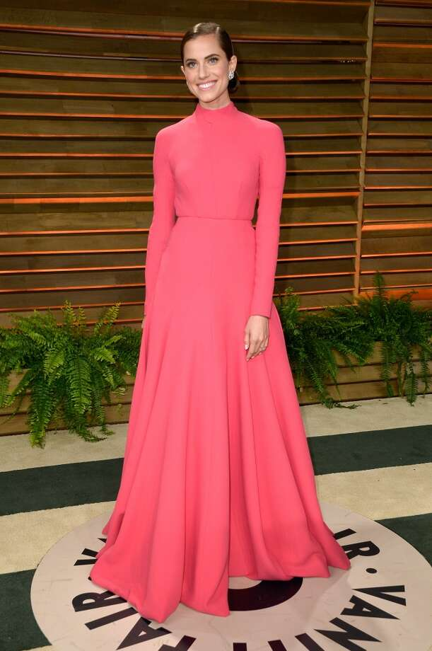 Actress Allison Williams attends the 2014 Vanity Fair Oscar Party hosted by Graydon Carter on March 2, 2014 in West Hollywood, California. Photo: Pascal Le Segretain, Getty Images