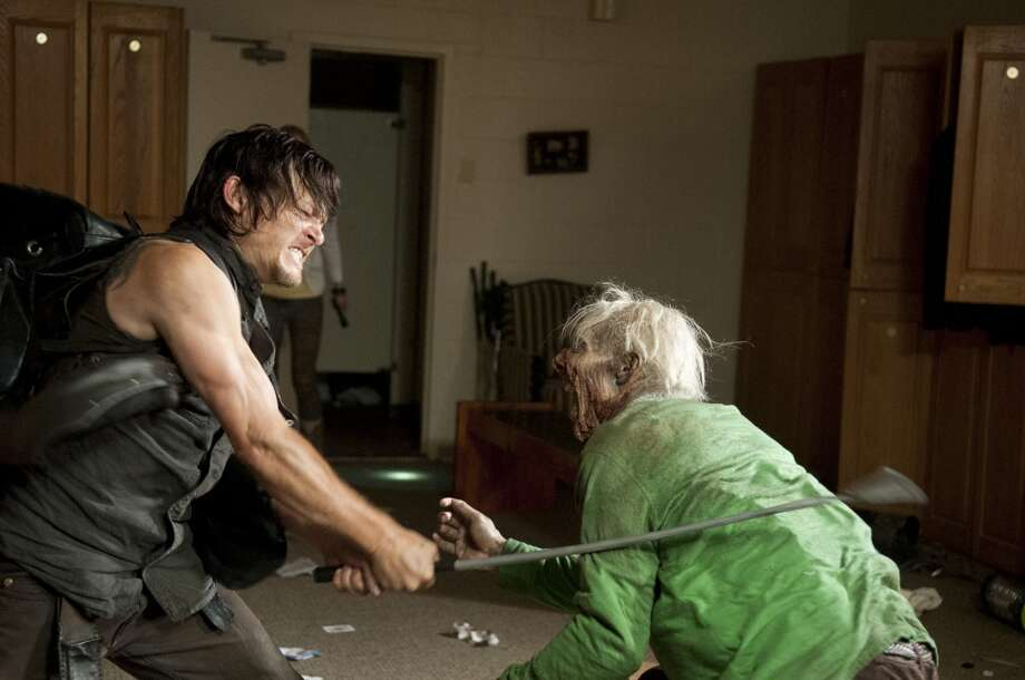 Daryl Dixon (Norman Reedus) and Walker - The Walking Dead _ Season 4, Episode 12 - Photo Credit: Gene Page/AMC
