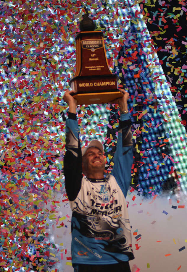 Randy Howell is crowned Champion of the 2014 Bassmaster Classic at Lake Guntersville Photo by Scott Peterson