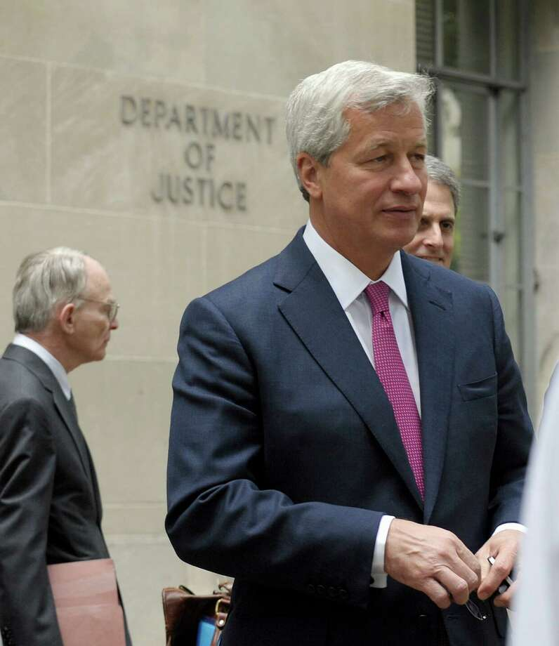 JPMorgan Chase CEO Jamie Dimon leaves the Justice Department in Washington, Thursday, Sept. 26, 2013. Photo: Susan Walsh, Associated Press / Associated Press