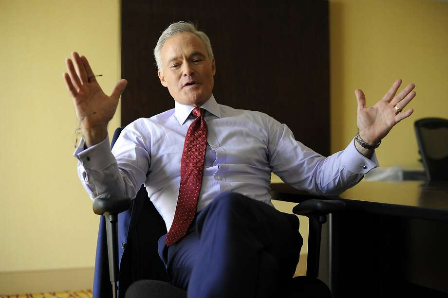"""CBS Evening News"" anchor Scott Pelley says network news is seeing big growth as people look to brands they trust. Photo: Michael Short, Special To The Chronicle"