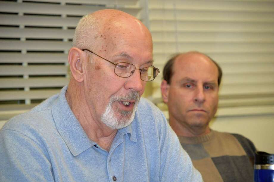 Fred Hunter, left, chairman of the Golf Advisory Committee, and member Gary Solomon, at Monday's meeting. Photo: Jarret Liotta / Westport News