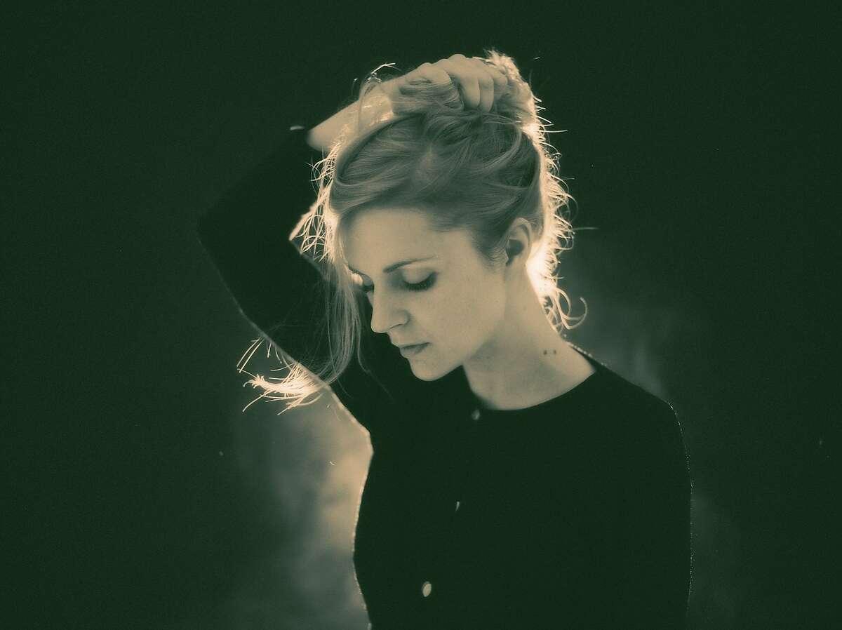 Danish artist Agnes Obel will perform at SXSW 2017.