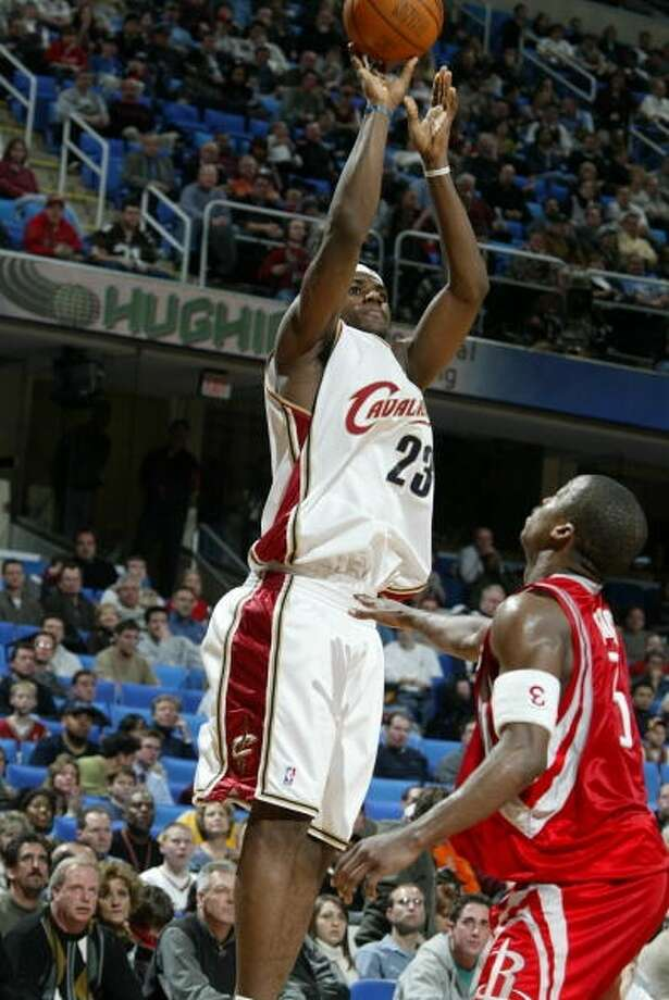 Rockets 89, Cavaliers 85 Dec. 17, 2003  LeBron's stats: 17 points, 1 rebound, 3 assists Photo: David Liam Kyle, NBAE Via Getty Images