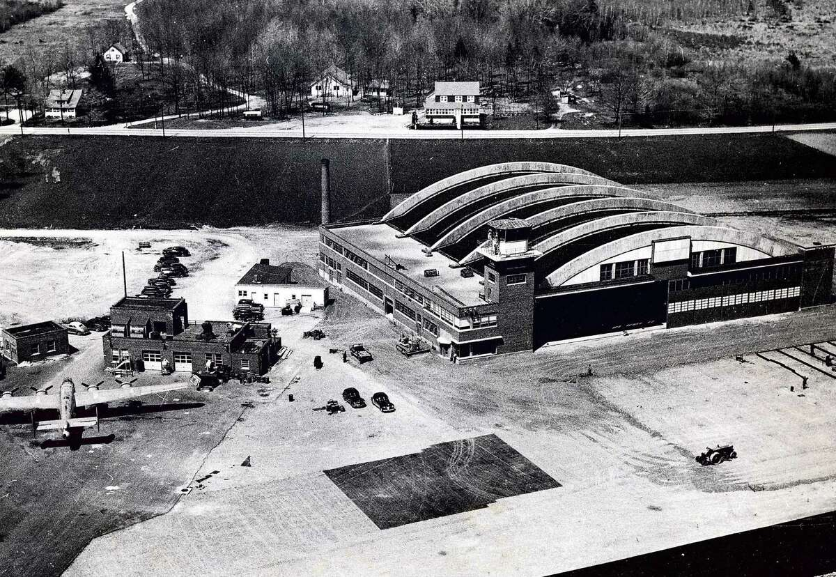 Historic Schenectady: Aerial view of the GE flight test laboratory, 1946.