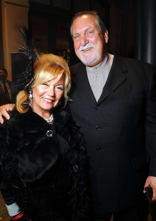 Joan and John Lee  (Photo by Dave Rossman) Photo: Dave Rossman, For The Houston Chronicle
